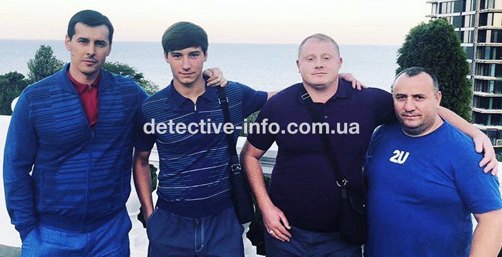 """mazur4 - Олександр Мазур: """"кримінальні батьки"""", АТО і Тарас Бульба"""